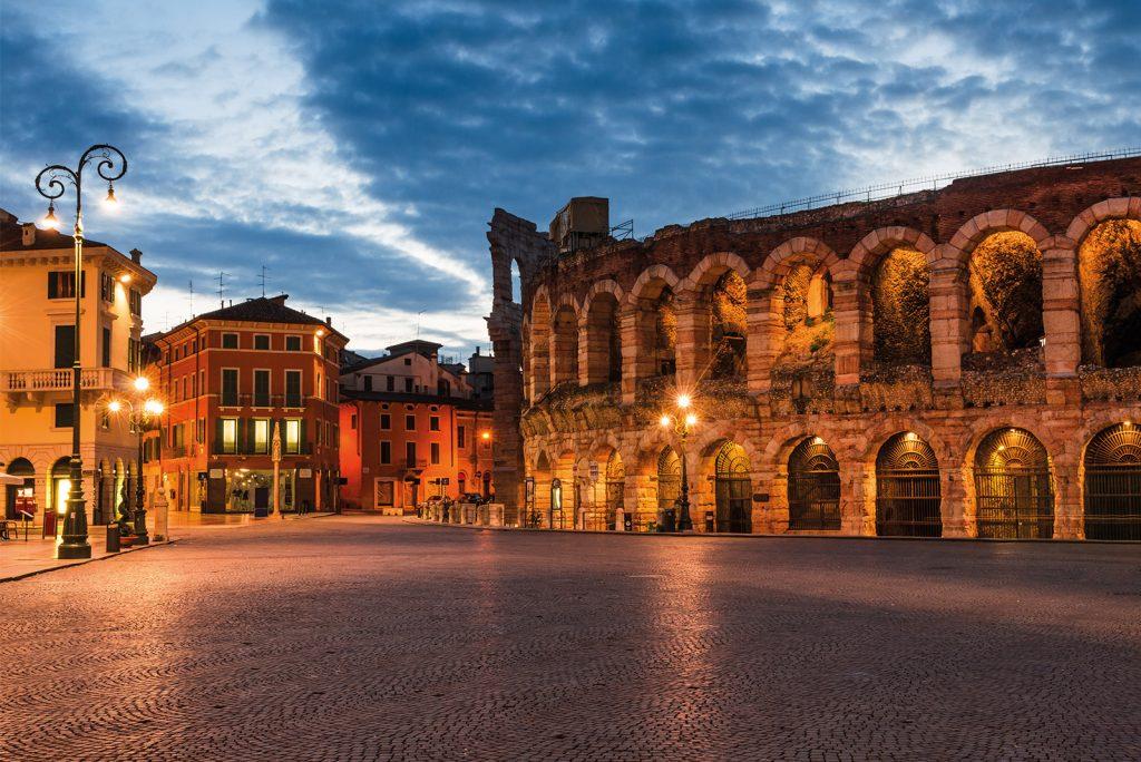Immagine dell'Arena di Verona in Piazza Bra