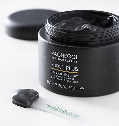 Immagine della black sculpting cream della linea Fuoco Plus di Vagheggi